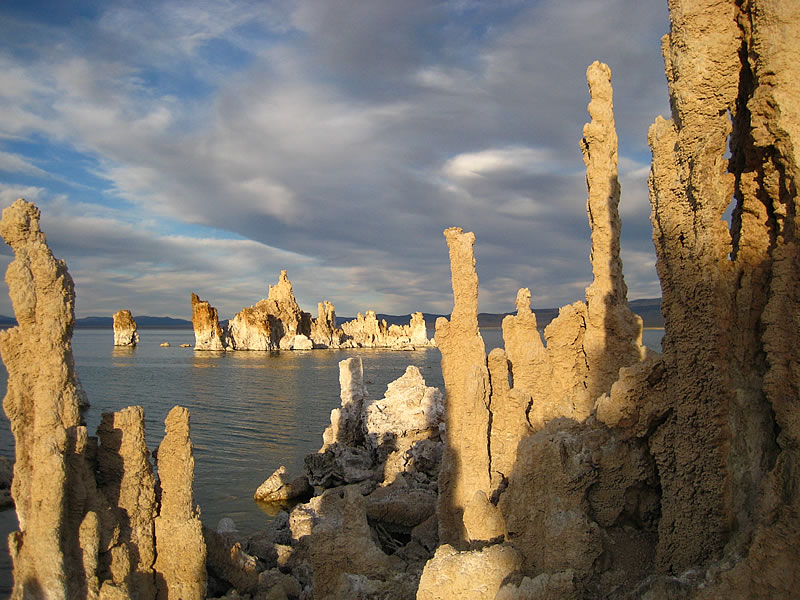 Mono Lake tufa castle